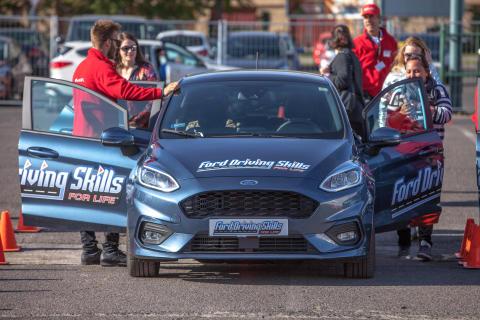 Ismét sikeres hétvégét zárt a Ford fiatal autósoknak szóló ingyenes képzése, a Ford Driving Skills for Life program