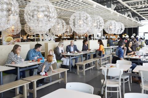 IKEA introducerer nyt program for bedre kyllingevelfærd