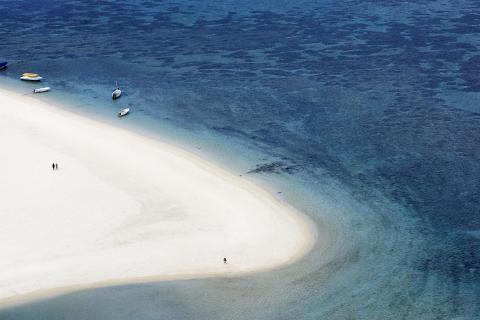 Mauritius_Strand von oben©MTPA_Bamba
