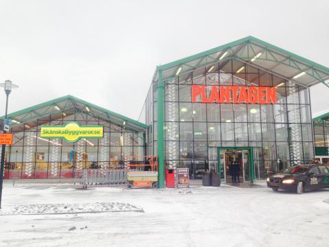 Skånska Byggvaror öppnar showrooms i Stockholm och Göteborg i ett unikt samarbete med Plantagen