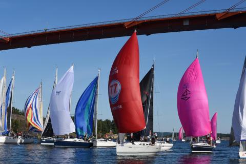 Inbjudan till media att följa med pressbåt på kappseglingarna Lilla Tjörn Runt och Tjörn Runt by COWI