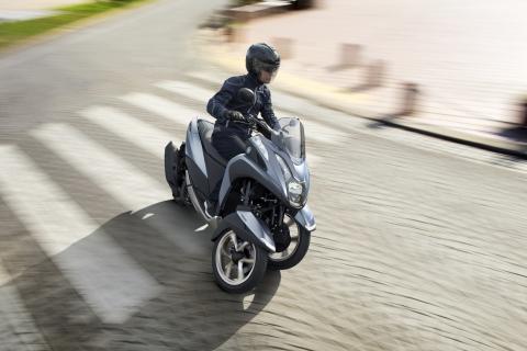 """「TRICITY 125/ABS」のカラーリングを変更 軽快感と上質感を強調する新色""""マットペールブルー""""を追加"""