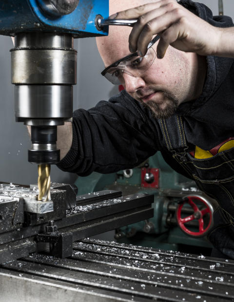Ny kurs hos Verktygsboden - metallbearbetning med Adam Nestor