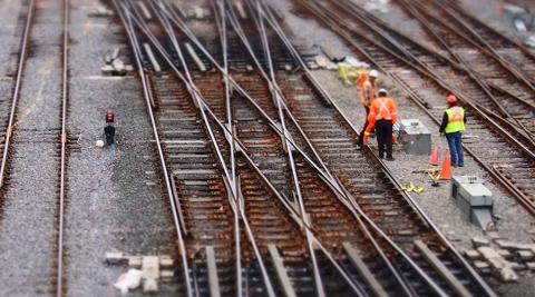Einsteigen bitte: Investitionen ins Schienennetz