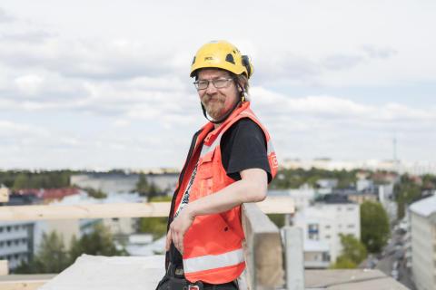 """Logistiikka-asentaja Ahti Karjalainen: """"Lajittelu kuuluu ihan kaikille"""""""