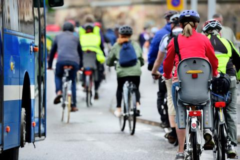 EXPERT COMMENT: Stop that car, and plan cities around bikes to make cycling a real option for more women