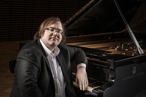 Christian Ihle-Hadland, piano