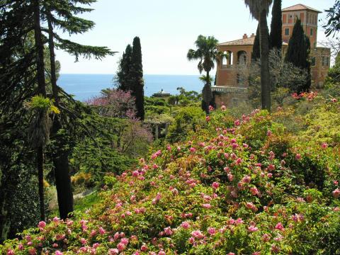 Villa Hanbury mit Blumen