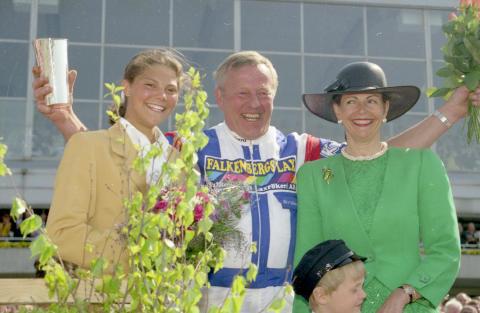 Kronprinsessan Victoria, Kjell P Dahlström och Drottning Silvia