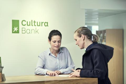 Resepsjonen i Cultura Bank 1