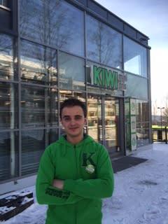 Stefan Øderud er butikksjef på KIWI Blystadlia, og en av de yngste butikksjefene i kjeden.