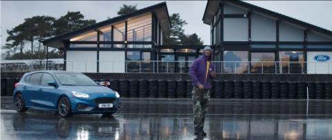 Rap-Star Blakie im neuen Ford Focus