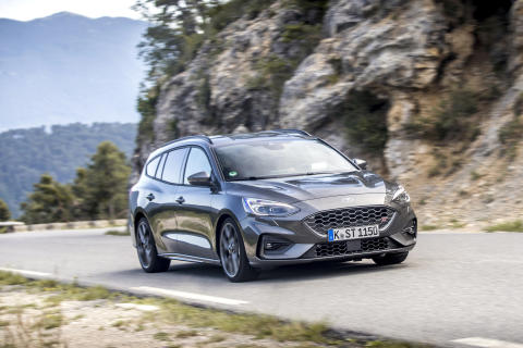 FORD_2019_FOCUS_ST_Wagon_Magnetic_16