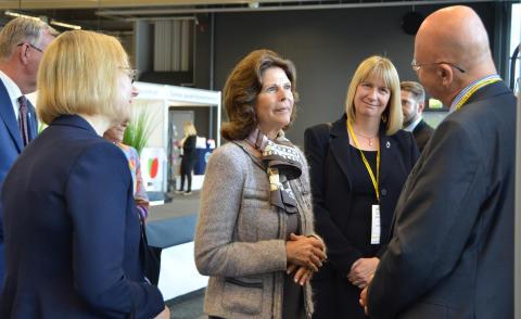 H.M. Drottning Silvia på 6:e internationella anhörigkonferensen