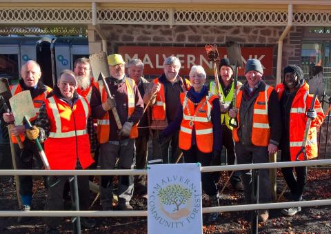 Tree planting marks end of first phase of Malvern Link adoption project
