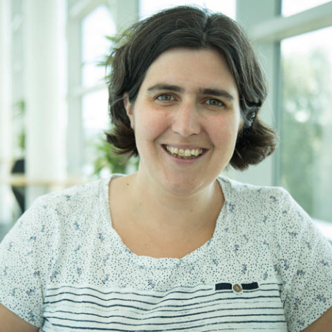 Hi-res image - Oi18 - Dr Helen Wells, Business Group Leader of Meteorology and Science at the Met Office