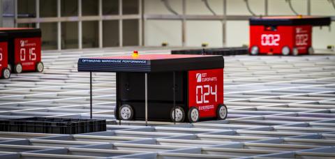 AutoStore robots