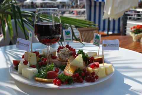 Presse-Einladung zum Vorabgespräch Käse trifft Wein