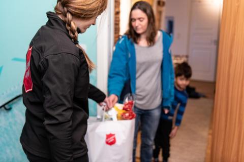 Frälsningsarméns insamling möter behov under årets fattigaste månad