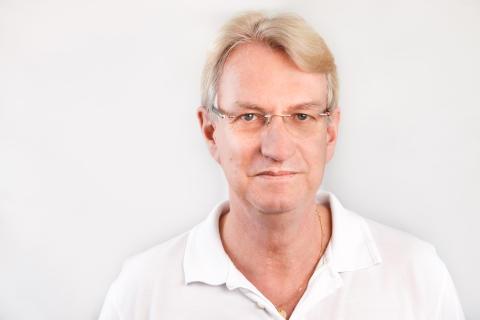 Folke Knutson, överläkare inom klinisk immunologi och transfusionsmedicin