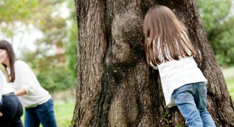 Barnens 10 bästa lekar - Det roligaste är att få gömma sig och bli upptäckt