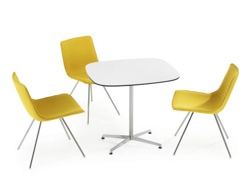 Comet Sport, chairs by table