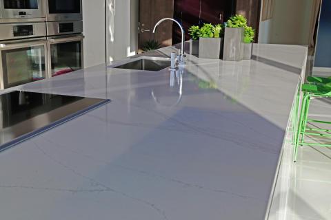 Kitchen_Countertop_by_Silestone_Calacatta_Gold_by_Suchi_Reddy_2