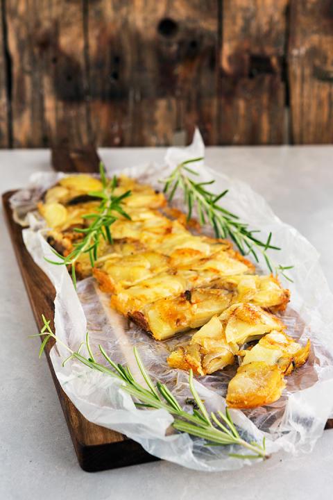 Potatisterrin med rosmarin