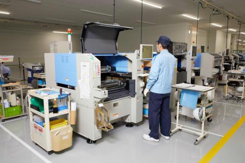 09_2017_Hamamatsu IM Base-Surface mounter assembly