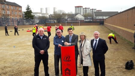 Minister for Employability stops off at ng homes' project