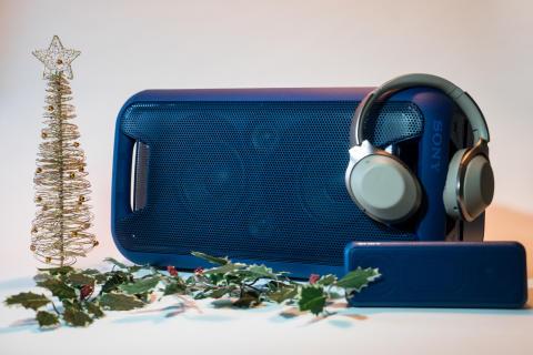 Gadgets under juletræet –  Sony giver her sine bud på årets hårde pakker
