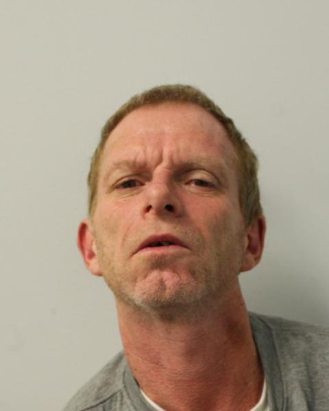 Man jailed for knifepoint robbery, Fulham