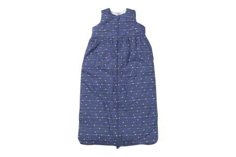 Kinder-Schlafsäcke von dm enthalten Füllung aus recyceltem Polyester