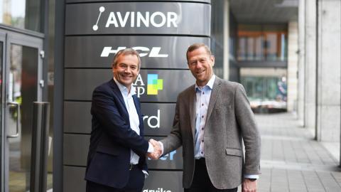 Skal øke digitaliseringstakten på norske flyplasser