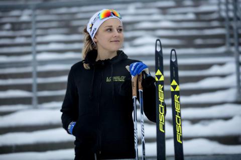 Längdåkningsstjärnan Stina Nilsson ny ambassadör för LOHILO®