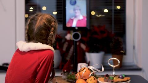 Teknik kan minska ensamhet bland äldre i jul