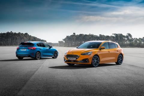 FORD_2019_FOCUS_ST_11-LOW