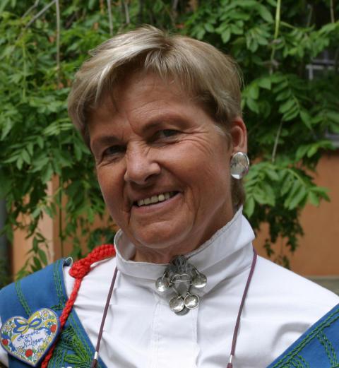 Agneta Nilsson SWEAs grundare föräras årets Hans Mattson-plakett