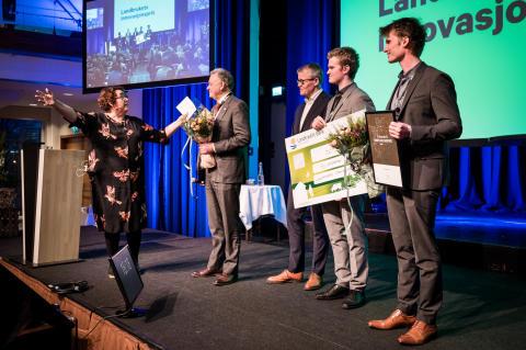 Olaug Bollestad deler ut Landbrukets innovasjonspris 2020