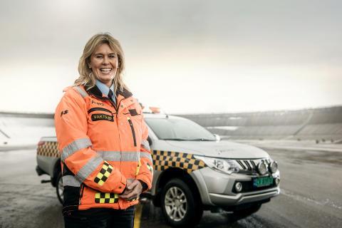 OSL 24-7 - Airport patrol bredde 01 - Kari - foto Vegard Breie