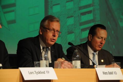 Jenny Östergren och Erik Hellqvist Byggpolitisk debatt