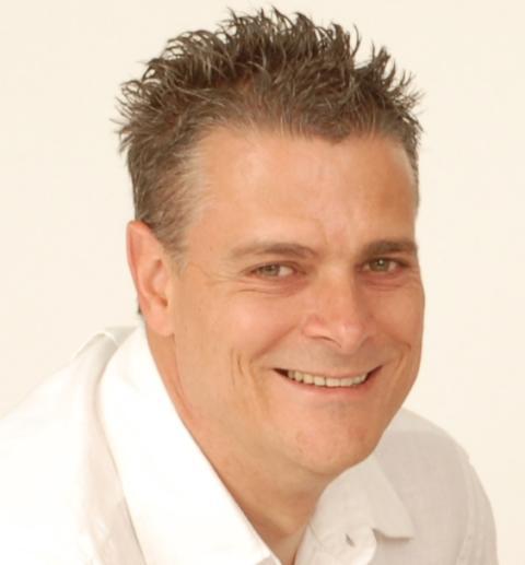 Andy Hughson, Managing Director of iStone UK
