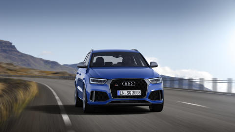 Pris på den nye Audi RS Q3 Performance