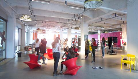 DigiMode Passion For Fashion - en unik chans för unga tjejer att utveckla idéer för en cirkulär textilindustri