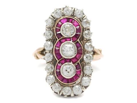 Exklusiva 20/10, Nr 24, RING, 14K guld/silver, 21 gammalslipade diamanter ca 2,10 ctv, ca TW-W(G-H)/VS-SI, rubiner, troligen rysk, 1800-talets slut