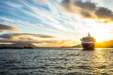 Tidenes beste år for Hurtigruten