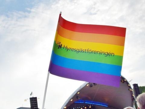 Häng med Hyresgästföreningen i Prideparaden