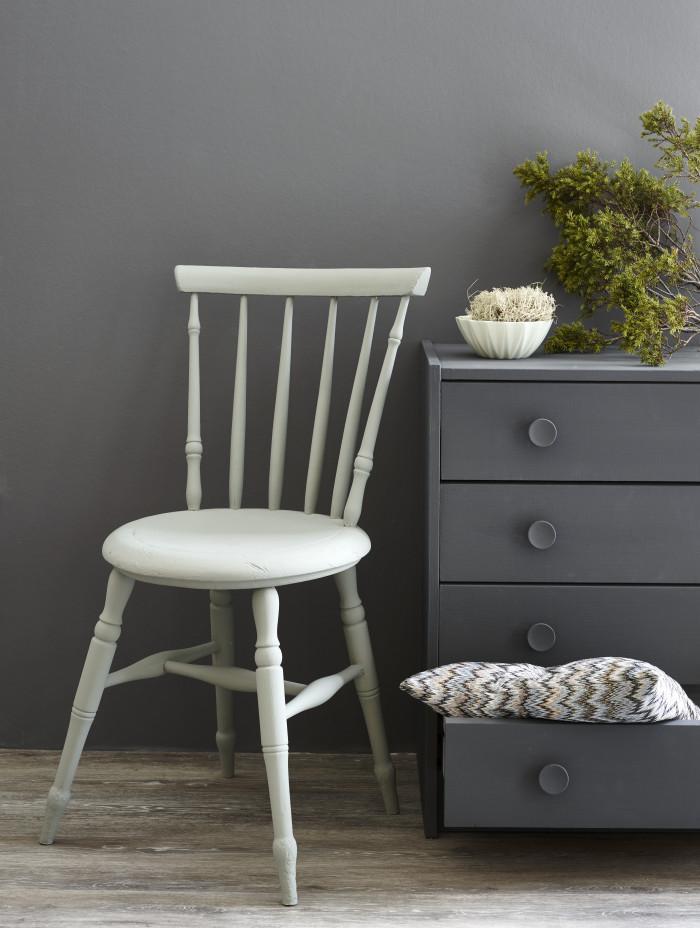 Chalk paint som pure&original classico benyttes ofte på møbler og ...