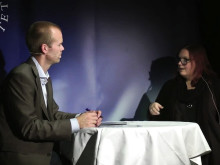 Mattias Lundberg intervjuar Docent Annika Nordlund på Psykologisk Salong 4 oktober 2012 #psykologi #umeå #umu