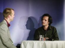 Mattias Lundberg intervjuar Poul Perris på Psykologisk Salong 6 dec 2012. #svt #psykologi #umu #umeå